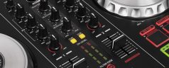 How to Set up a DJ Controller and Decks
